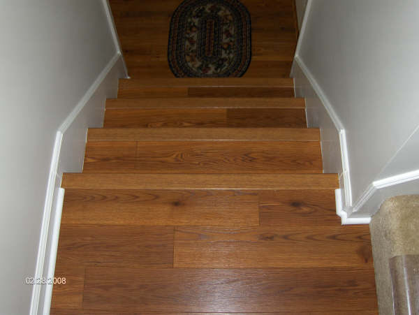 FLOORING CONTRACTOR, TILE, LAMINATE, WOOD, KITCHENS, BATHS